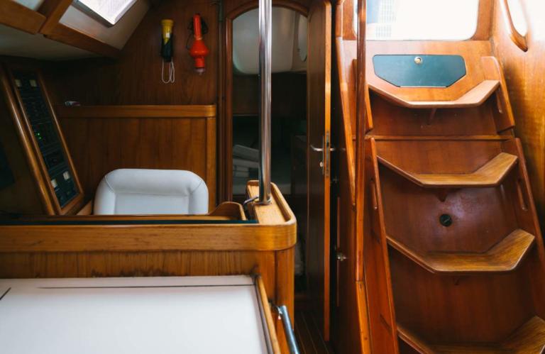 Dormire in Barca a Vela